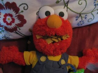 Elmo Likes Chex Mix